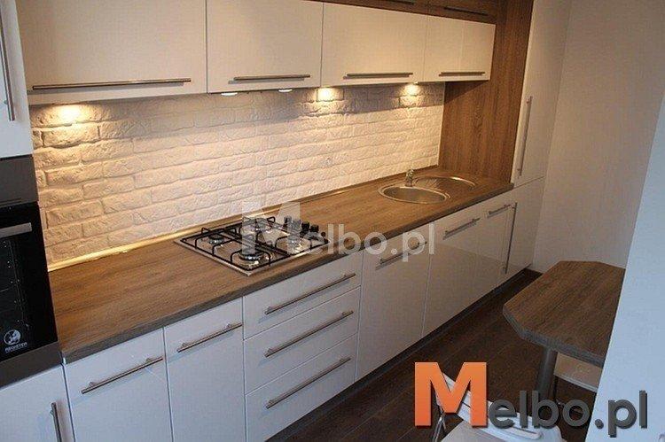 białe meble kuchnia beż  Szukaj w Google  Interior   -> Kuchnia Drewniany Blat